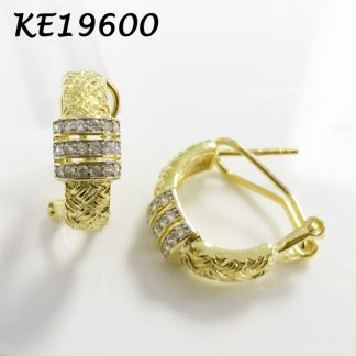 Italian Design Braided Pattern Curved CZ Earring - KE19600
